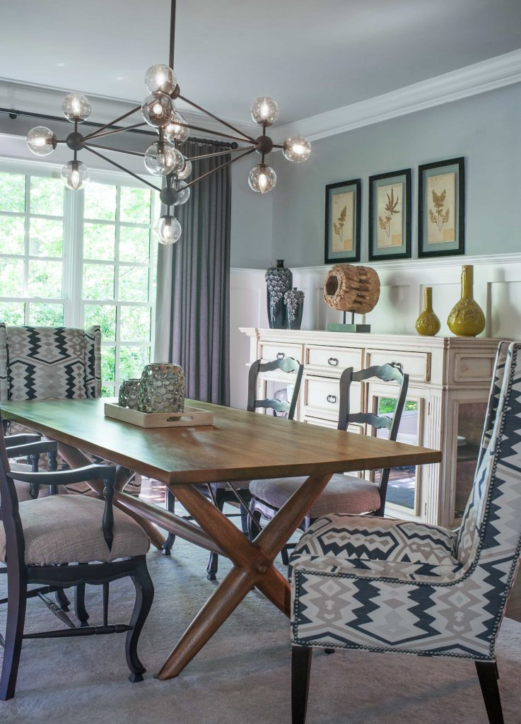 eclecti-dining-room-tribal-pattern